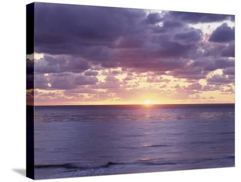 California, San Diego, Sunset Cliffs, Sunset over the Pacific Ocean-Christopher Talbot Frank-Stretched Canvas Print