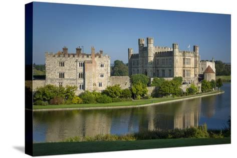 Early Morning at Leeds Castle, Maidstone, Kent, England-Brian Jannsen-Stretched Canvas Print