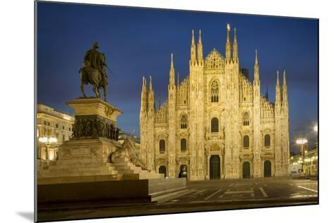 Vittorio Emanuele Statue and Cathedra, Milan, Lombardy, Italy-Brian Jannsen-Mounted Photographic Print