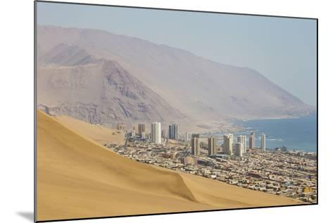 The City of Iquique, Chile, Sprawls Along the Base of Giant Sand Mountains-Mike Theiss-Mounted Photographic Print