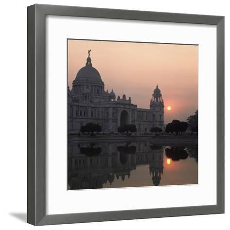 Victoria Memorial-Design Pics Inc-Framed Art Print