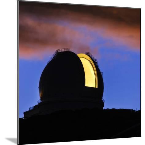 The William Herschel Telescope at Dawn-Babak Tafreshi-Mounted Photographic Print