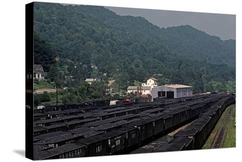 Bluefield, West Virginia Coal, Railway Junction, Usa, 1979-Alain Le Garsmeur-Stretched Canvas Print
