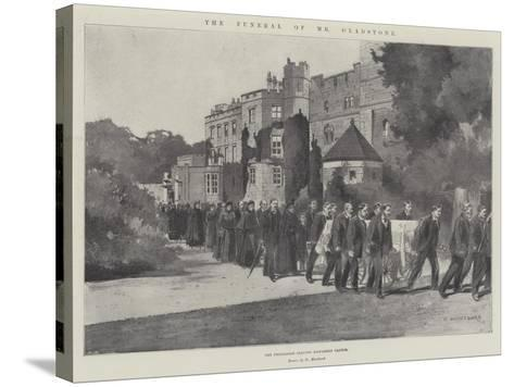 The Funeral of Mr Gladstone, the Procession Leaving Hawarden Castle-Charles Auguste Loye-Stretched Canvas Print