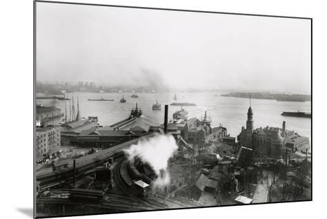 South Ferry Terminal, 1905-G.P. & Son Hall-Mounted Photographic Print