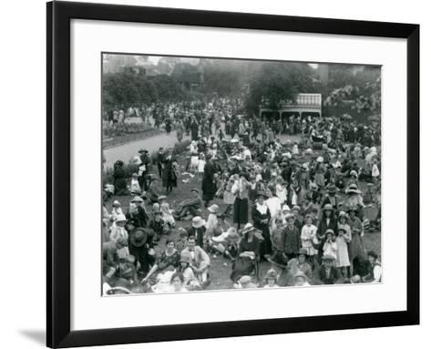 Crowds of Visitors at London Zoo, August Bank Holiday, 1922-Frederick William Bond-Framed Art Print