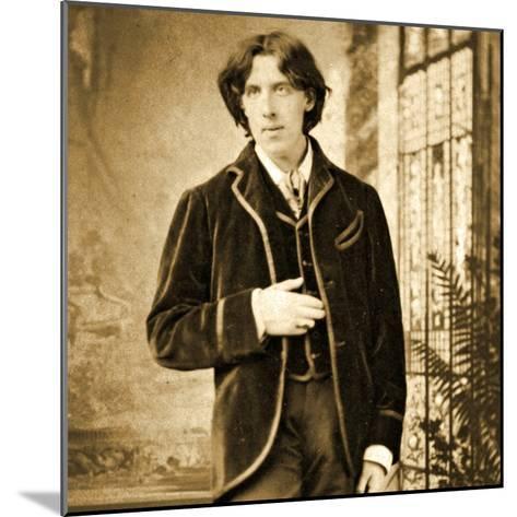 Portrait of Oscar Wilde C. 1882-Napoleon Sarony-Mounted Photographic Print