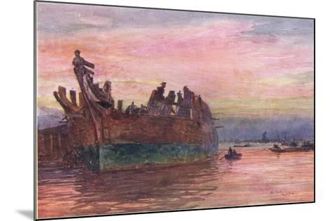 The End of an Old Warship, 1915-William Lionel Wyllie-Mounted Giclee Print