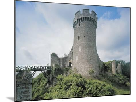 Low Angle View of a Castle--Mounted Photographic Print