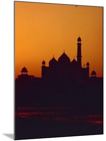 Mausoleum of Taj Mahal at Sunset--Mounted Photographic Print