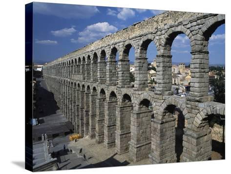 Roman Aqueduct of Segovia (Unesco World Heritage List--Stretched Canvas Print