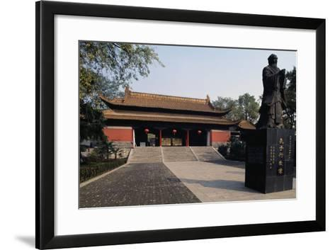 Statue of Confucius in Front of a Pavilion of Chaotian Palace--Framed Art Print