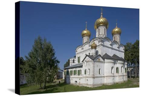 Trinity Cathedral (Troitsky Sobor--Stretched Canvas Print