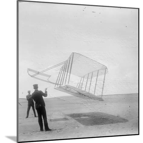 Wilbur Wright at Left and Orville Wright at Right--Mounted Photographic Print