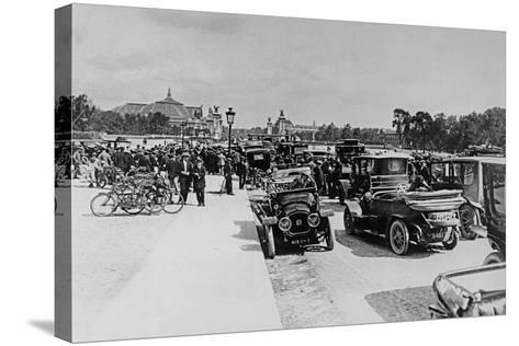 Requisition of Automobiles on the Esplanade Des Invalides, Paris, 16 August 1914--Stretched Canvas Print