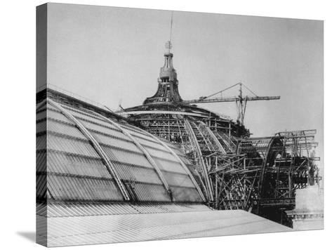 Construction of the Dome of the Grand Palais, for the Exposition Universelle of 1900--Stretched Canvas Print