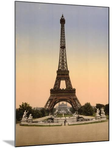 Eiffel Tower, Full-View, Looking Toward the Palais Du Trocadéro, Paris, France, C.1890-C.1900--Mounted Giclee Print