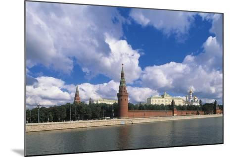 View of Kremlin (Unesco World Heritage List, 1990) and Moskva River, Moscow, Russia--Mounted Photographic Print