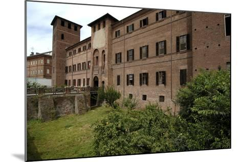 Visconti Castle (Founded in 13th Century), Now the Courthouse, Vercelli, Piedmont, Italy--Mounted Photographic Print