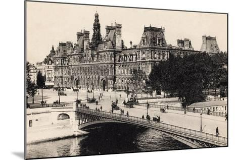 Hôtel De Ville and the Pont D'Arcole, 1900--Mounted Giclee Print