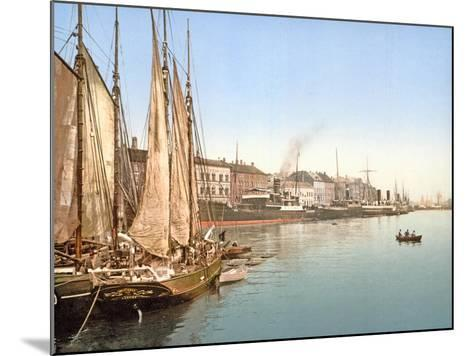 View of Havnegade, Copenhagen, Pub. 1900--Mounted Giclee Print