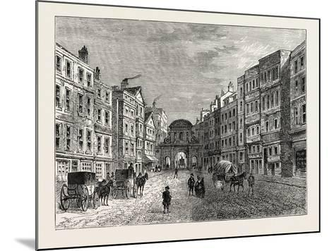 Temple Bar West Front in 1710, London--Mounted Giclee Print
