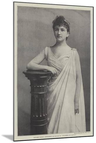 Madame Sigrid Arnoldson as Baucis in Philemon Et Baucis--Mounted Giclee Print