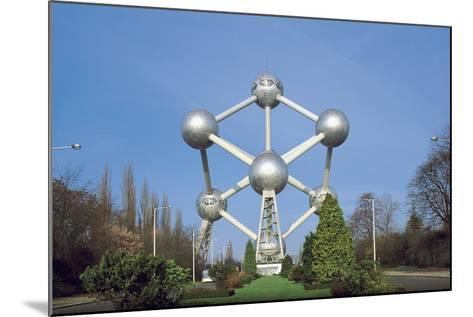 Low Angle View of the Atomium, Brussels, Belgium--Mounted Giclee Print