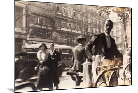Café Passage, Paris, 1930--Mounted Photographic Print