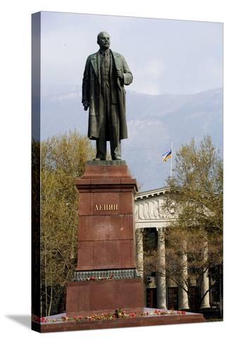 Statue of Lenin (1870-1924), Lenin Square, Yalta, Crimea, Ukraine--Stretched Canvas Print