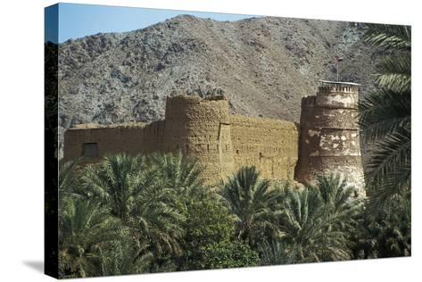 Al Bithnah Fort, 1735, Near Fujairah, United Arab Emirates--Stretched Canvas Print