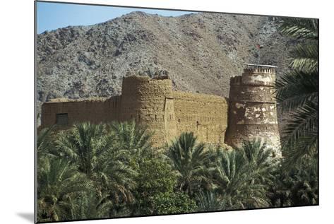 Al Bithnah Fort, 1735, Near Fujairah, United Arab Emirates--Mounted Photographic Print