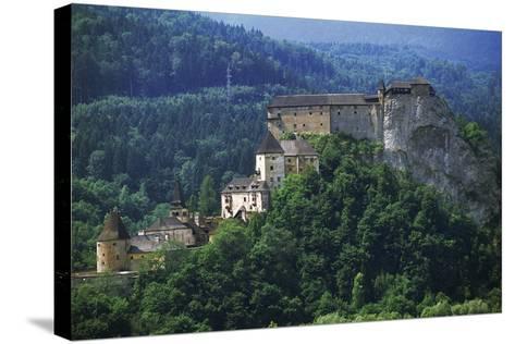 Orava Castle, Oravsky Podzamok, Slovakia--Stretched Canvas Print