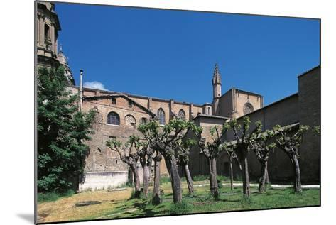 Side View of Pamplona Cathedral, Navarra, Spain--Mounted Photographic Print