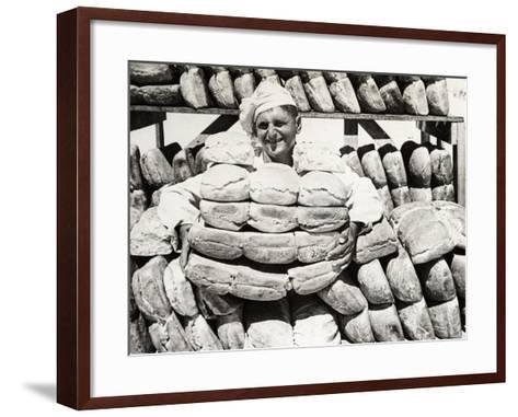 Bread for the Troops on the Front Line, C.1915--Framed Art Print