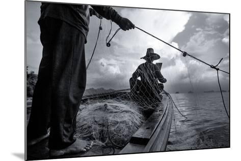 Andaman Sea: Fishermen Haul in their Net in the Andaman Sea-Ben Horton-Mounted Photographic Print