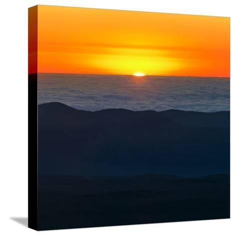 The Sun Sets over the Pacific Ocean and the Atacama Desert-Babak Tafreshi-Stretched Canvas Print