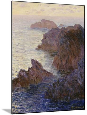 Point De Rochers, Port-Goulphar-Claude Monet-Mounted Giclee Print