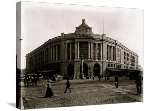 South Terminal Station--Stretched Canvas Print