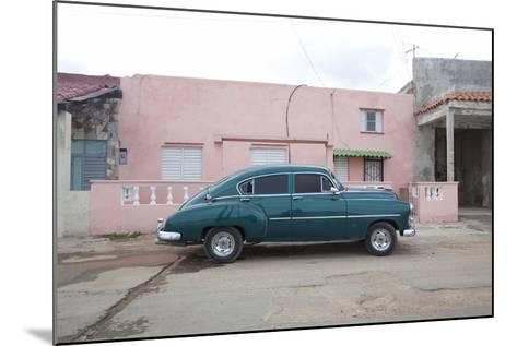 Vintage Car-Carol Highsmith-Mounted Photo