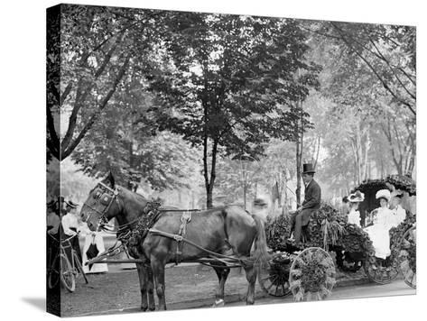 Bi-Centenary Celebration, Floral Parade, Carriage of Mrs. D.G. Swift, Detroit, Mich.--Stretched Canvas Print