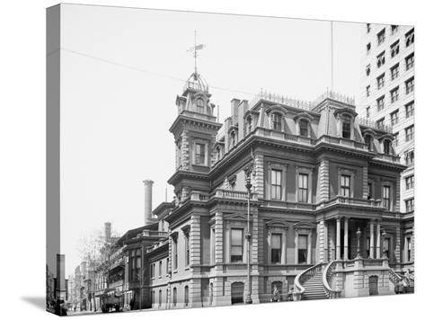 Union League Club, Philadelphia, Pa.--Stretched Canvas Print