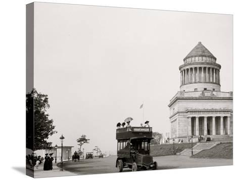 Grants Tomb and Riverside Drive, New York, N.Y.--Stretched Canvas Print