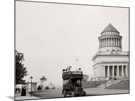 Grants Tomb and Riverside Drive, New York, N.Y.--Mounted Photo