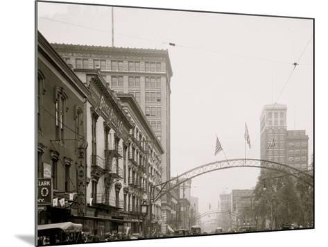 Columbus, Ohio, High St. North from State--Mounted Photo
