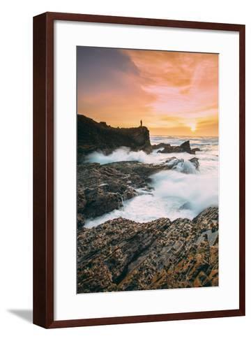 Setting Sunscapet at Monta?a de Oro, Morro Bay California Coast-Vincent James-Framed Art Print