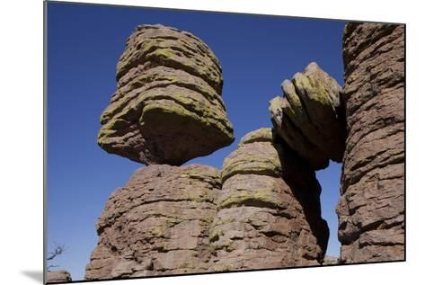 Big Balanced Rock Near the Heart of Rocks in Chiricahua National Monument-Scott Warren-Mounted Photographic Print