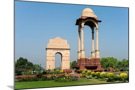 View of the India Gate, New Delhi, India--Mounted Photographic Print