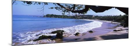 Surf on the Beach, Mauna Kea, Hawaii, Usa--Mounted Photographic Print