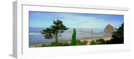 Cannon Beach, Oregon--Framed Art Print